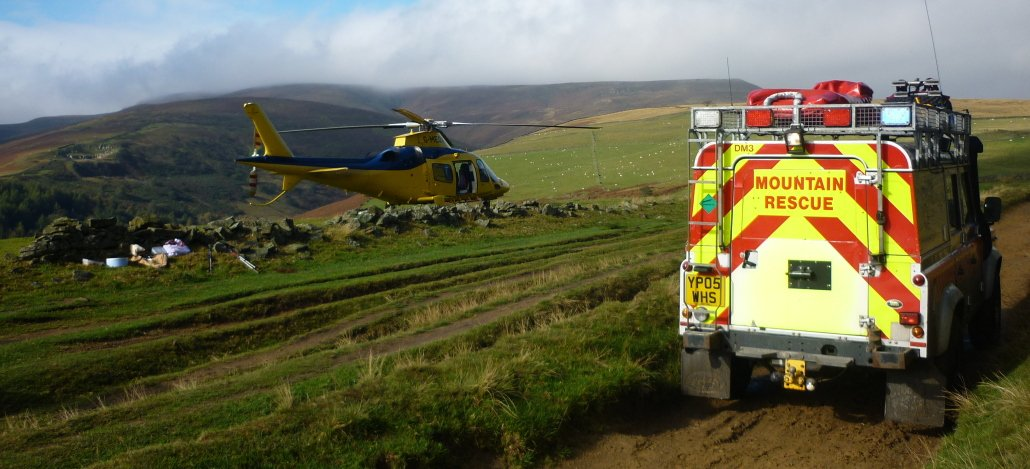 mountain rescue for an injured mountain biker in the Peak District
